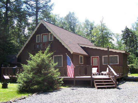 Fabulous Pocono Vacation Rentals By Mary Enck Realty Download Free Architecture Designs Viewormadebymaigaardcom